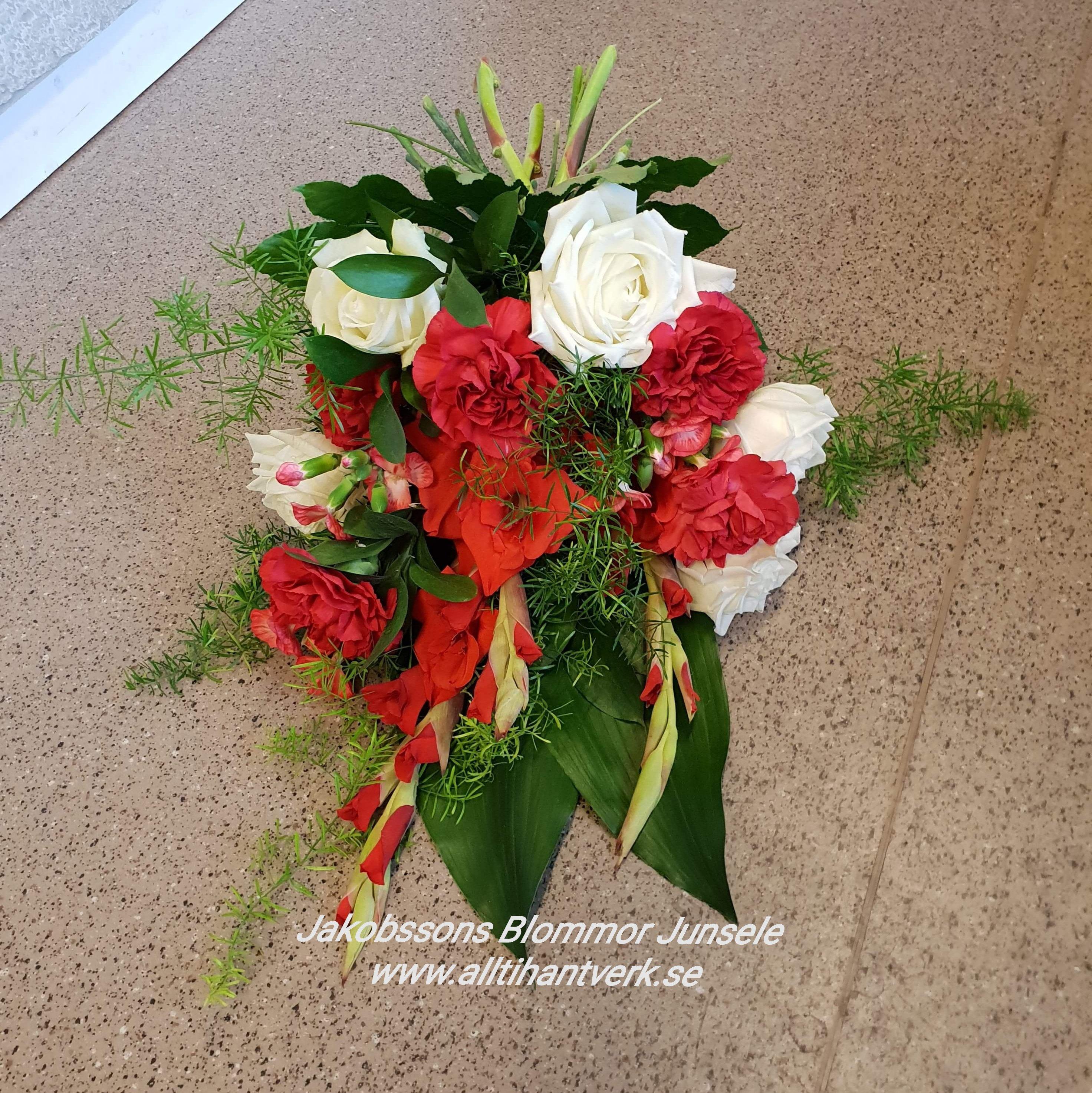 Sorgbukett junsele blomsterbutik